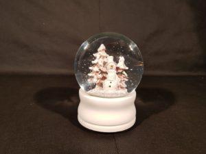 Musical wind up Snow Globe